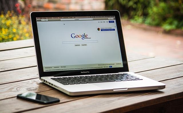 Pozycjonowanie a zwiększenie oglądalności serwisu www